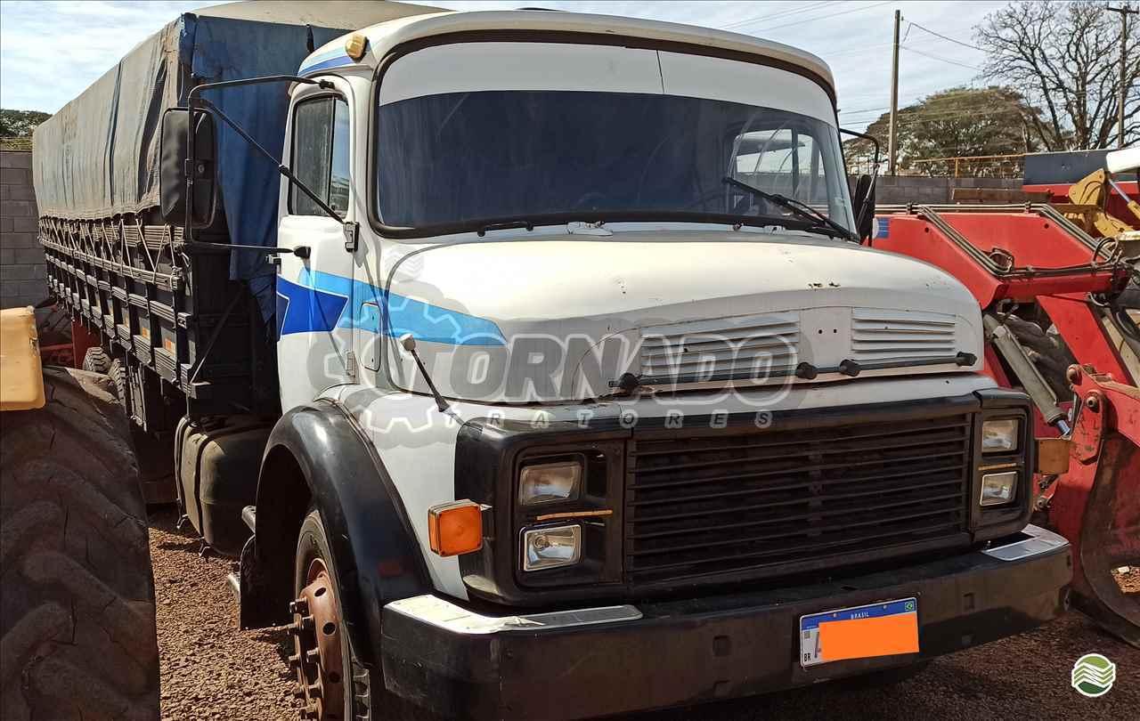 CAMINHAO MERCEDES-BENZ MB 2013 Graneleiro Truck 6x2 Tornado Tratores CAMPO MOURAO PARANÁ PR