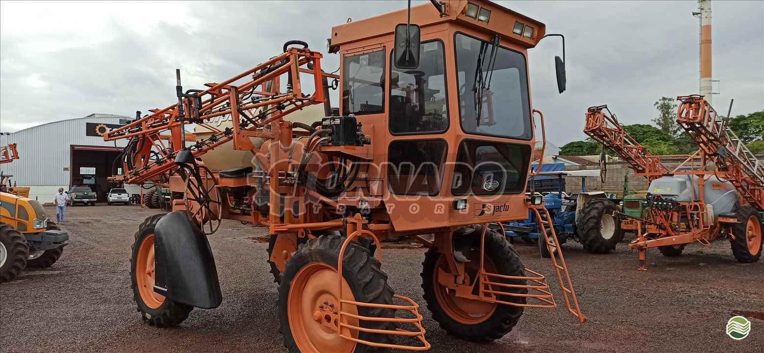 PULVERIZADOR JACTO UNIPORT 2000 Tração 4x2 Tornado Tratores CAMPO MOURAO PARANÁ PR