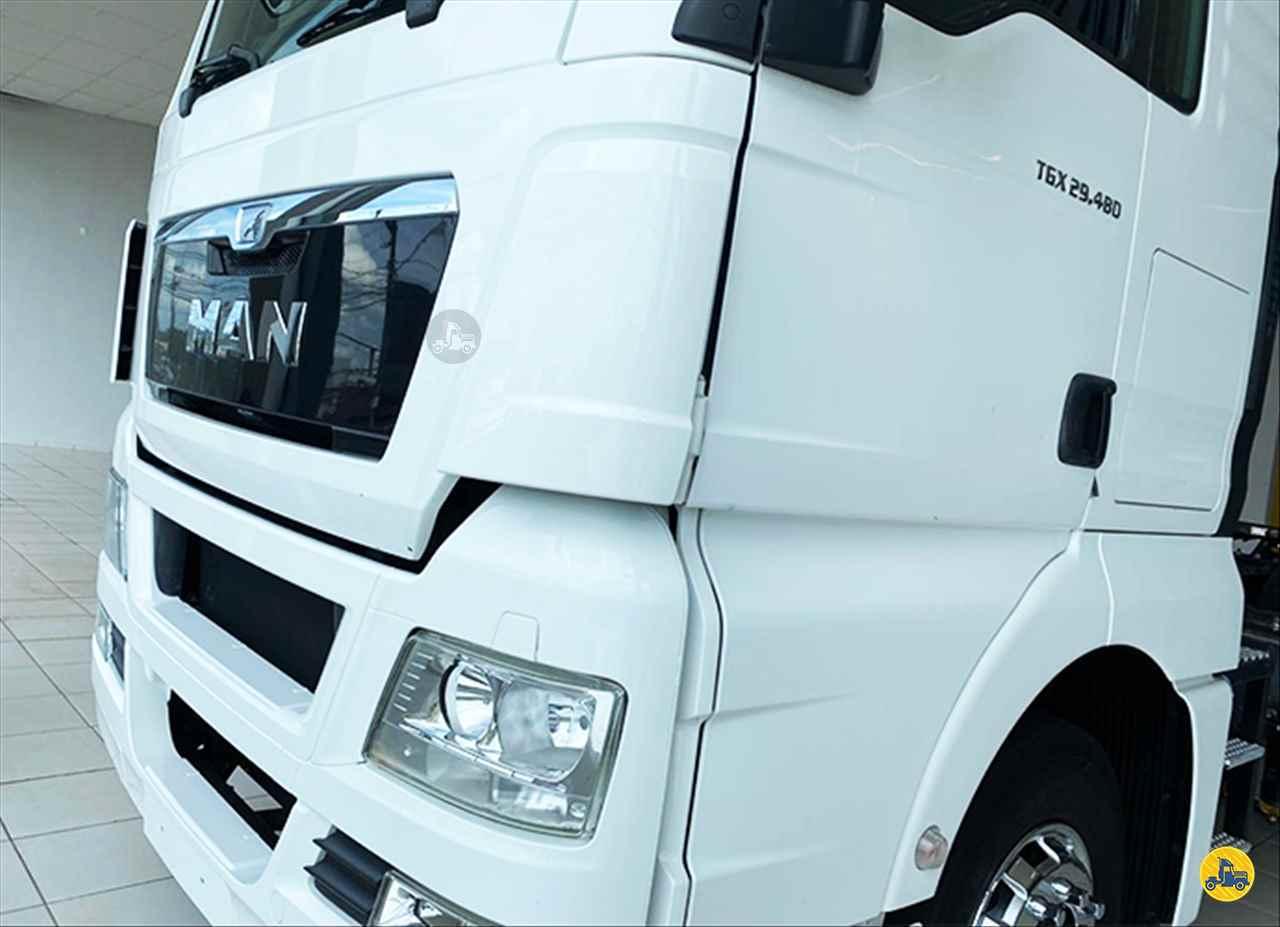 MAN TGX 29 480 385996km 2017/2017 Brasão Caminhões e Veículos
