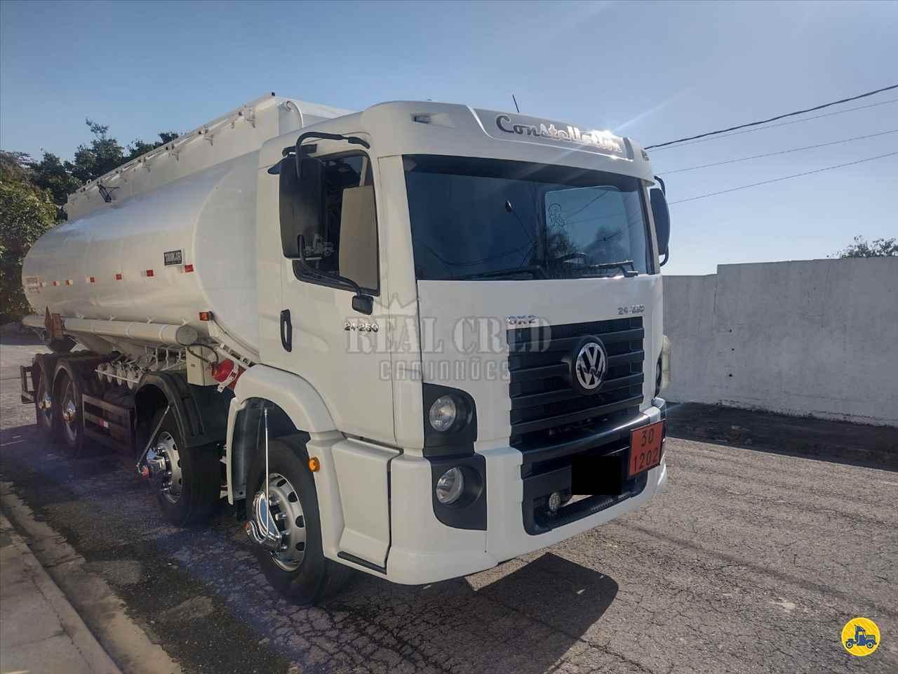 CAMINHAO VOLKSWAGEN VW 24250 Tanque Aço BiTruck 8x2 Real Cred Caminhões PIEDADE SÃO PAULO SP