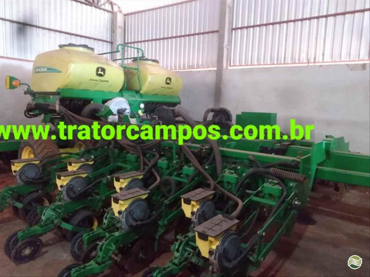 PLANTADEIRA JOHN DEERE PLANTADEIRAS DB40 Trator Campos GUAPO GOIAS GO