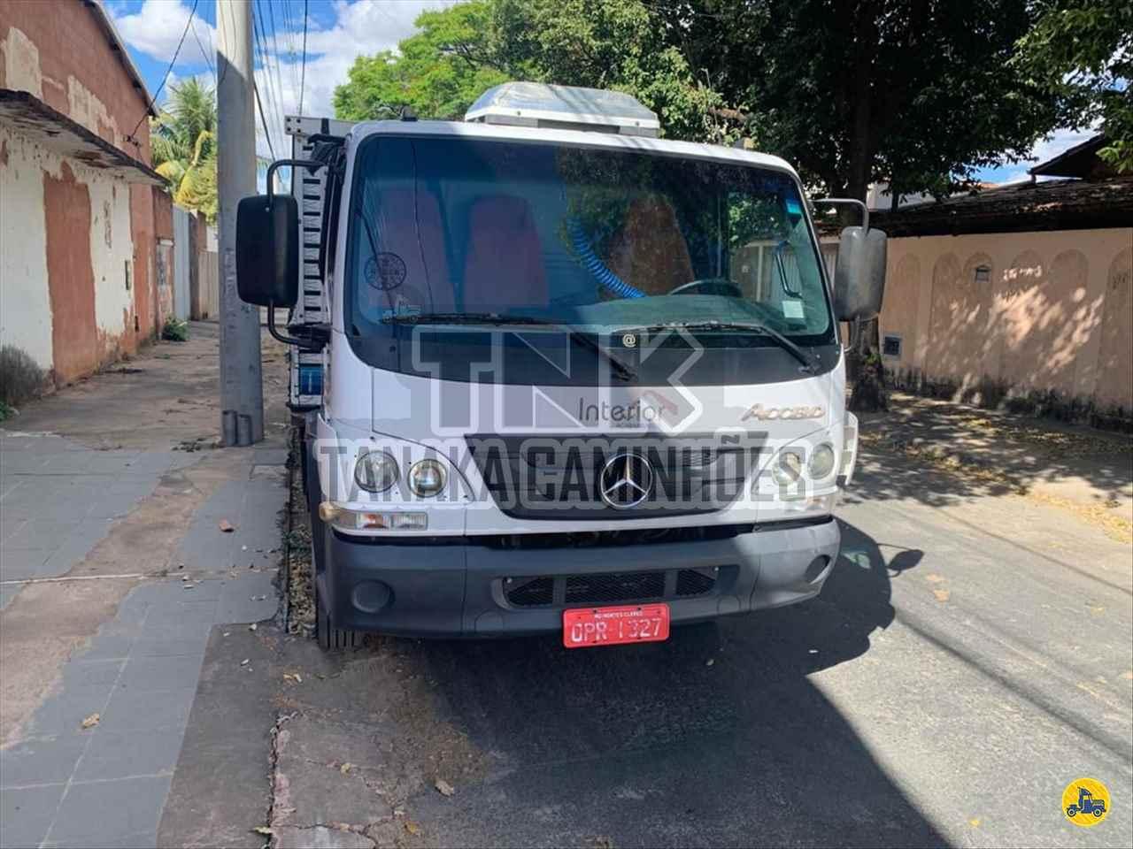 MB 1016 de Tanaka Caminhões - MONTES CLAROS/MG