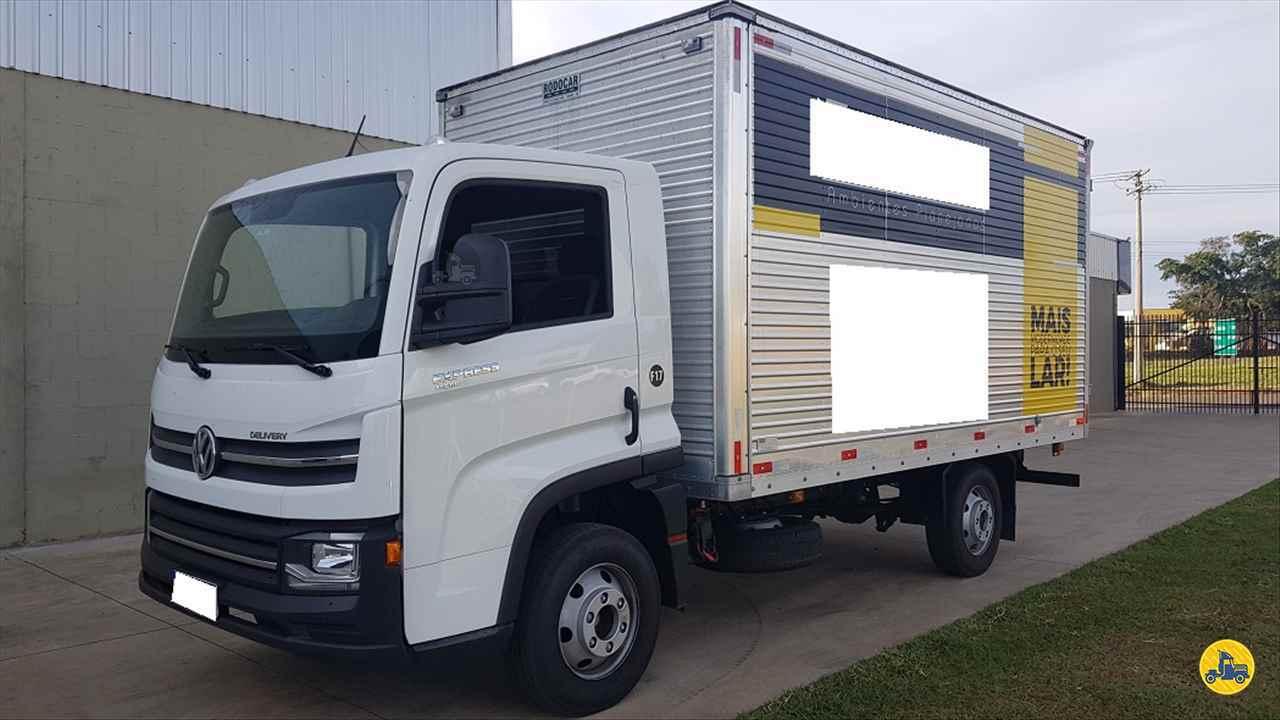 CAMINHAO VOLKSWAGEN DELIVERY EXPRESS Baú Furgão 3/4 4x2 Peso Caminhões LINS SÃO PAULO SP