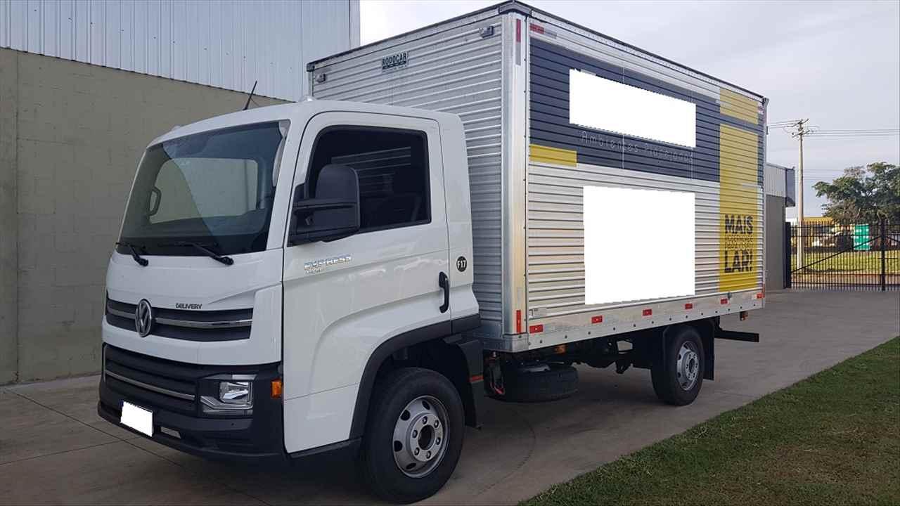 CAMINHAO VOLKSWAGEN DELIVERY EXPRESS Baú Furgão Toco 4x2 Peso Caminhões LINS SÃO PAULO SP