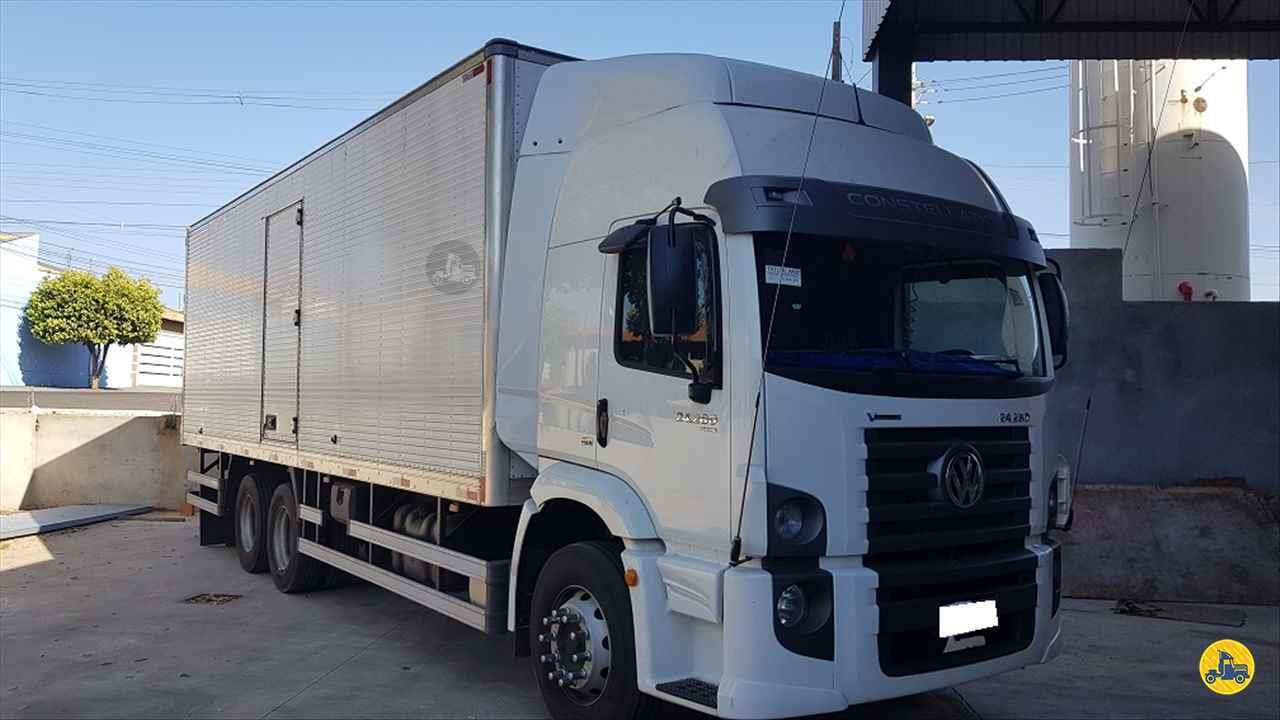 CAMINHAO VOLKSWAGEN VW 24280 Baú Furgão Truck 6x2 Peso Caminhões LINS SÃO PAULO SP