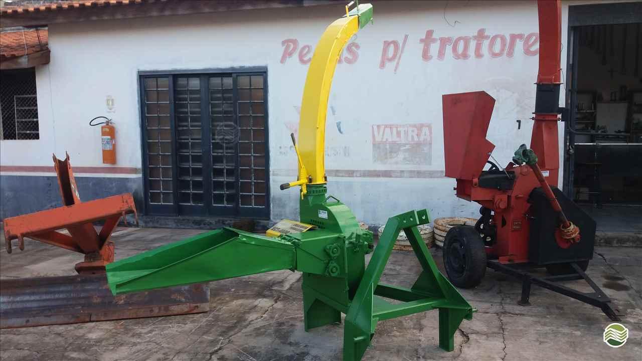 IMPLEMENTOS AGRICOLAS ENSILADEIRA PICADOR ENSILADEIRA Rodrigues Máquinas ITAPETININGA SÃO PAULO SP