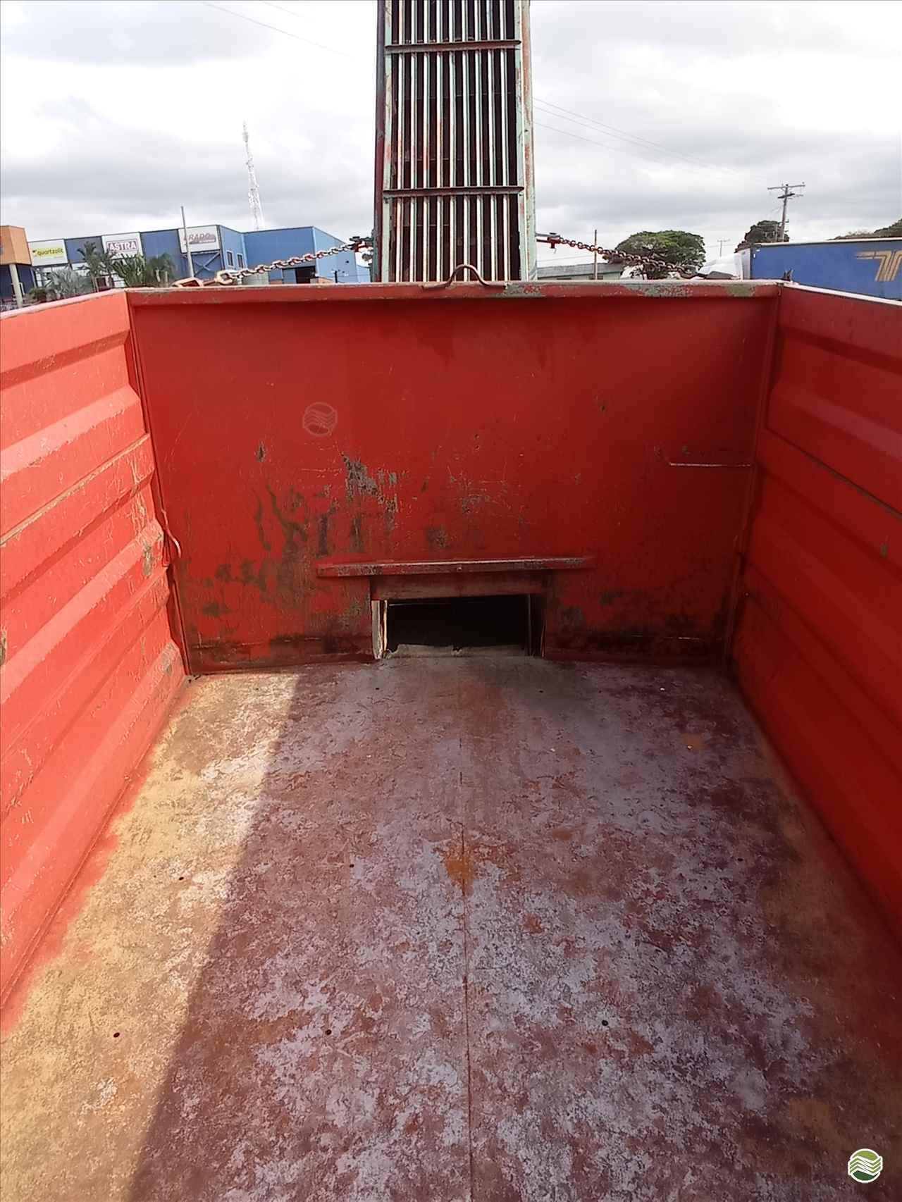 CARRETA AGRÍCOLA CARRETA BASCULANTE  2011 Souza Neto Tratores e Implementos