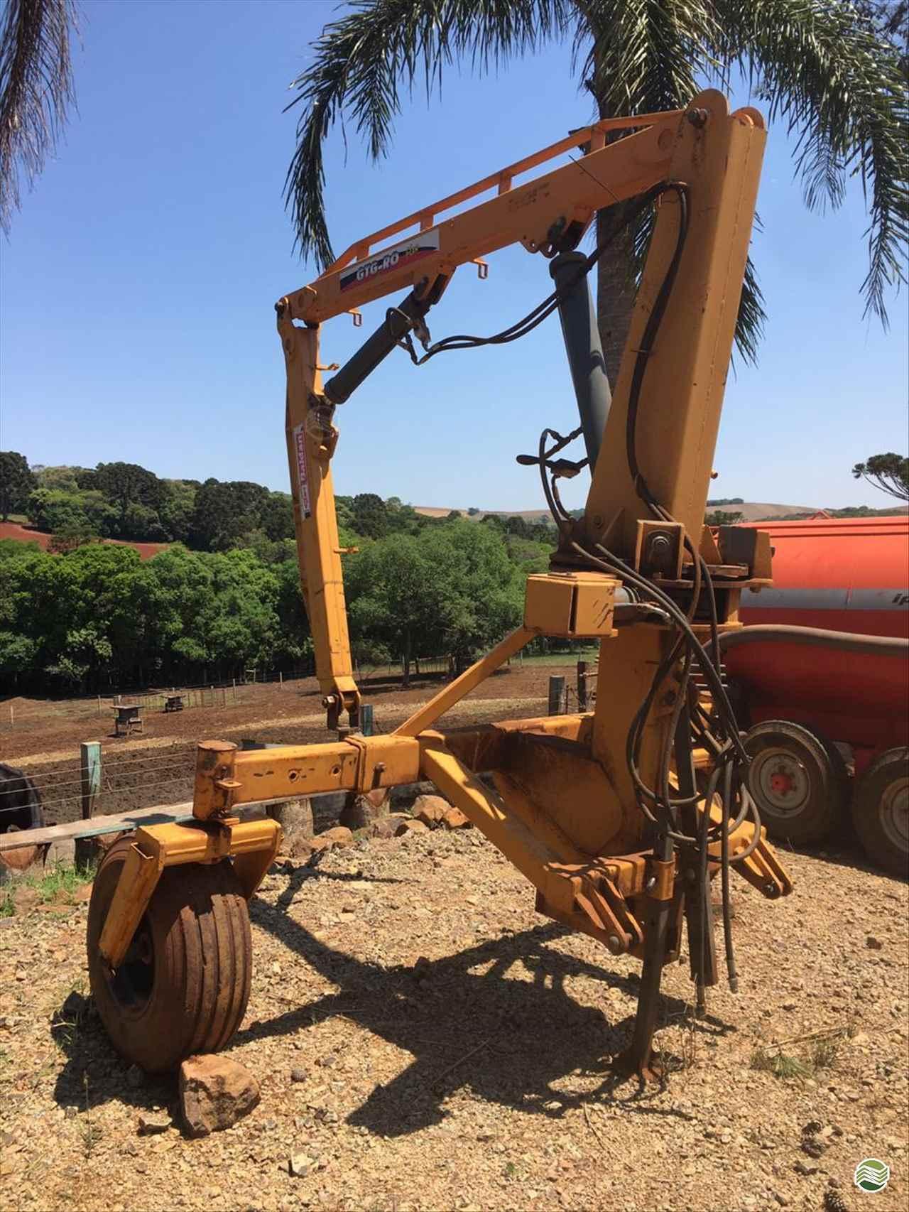 GUINCHO BIG BAG GUINCHO 2000 Kg  2013 Verenka Implementos Agrícolas
