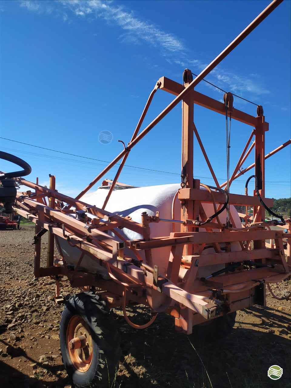 PULVERIZADOR JACTO COLUMBIA AD18 Arrasto Verenka Implementos Agrícolas  TURVO PARANÁ PR