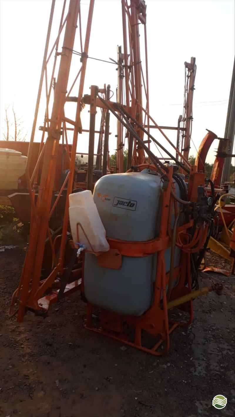 JACTO CONDOR 800 AM14  2008/2008 Tratorama Máquinas e Implementos