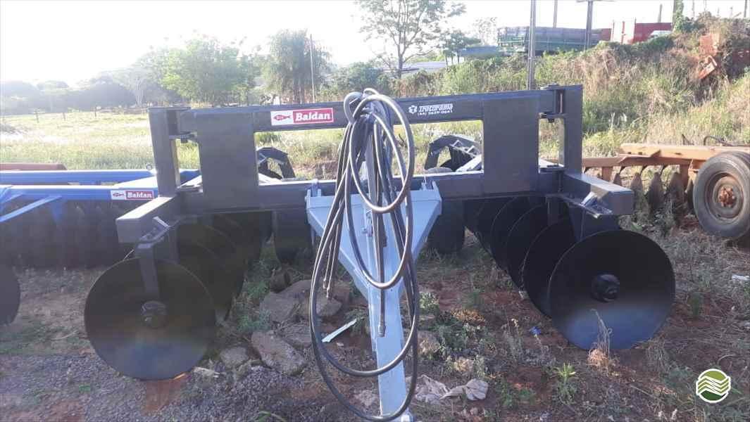 TERRACEADOR 22 DISCOS  2010 Tratorama Máquinas e Implementos