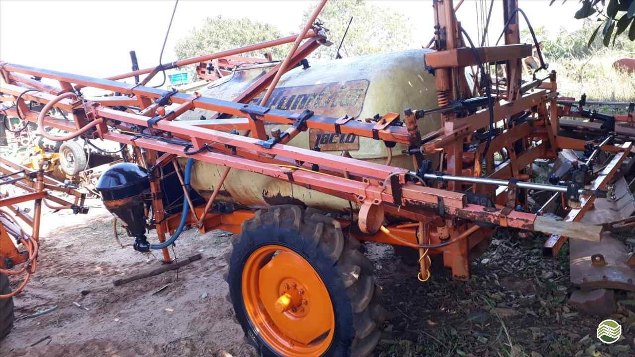 PULVERIZADOR JACTO COLUMBIA A17 Arrasto Tratorama Máquinas e Implementos UMUARAMA PARANÁ PR