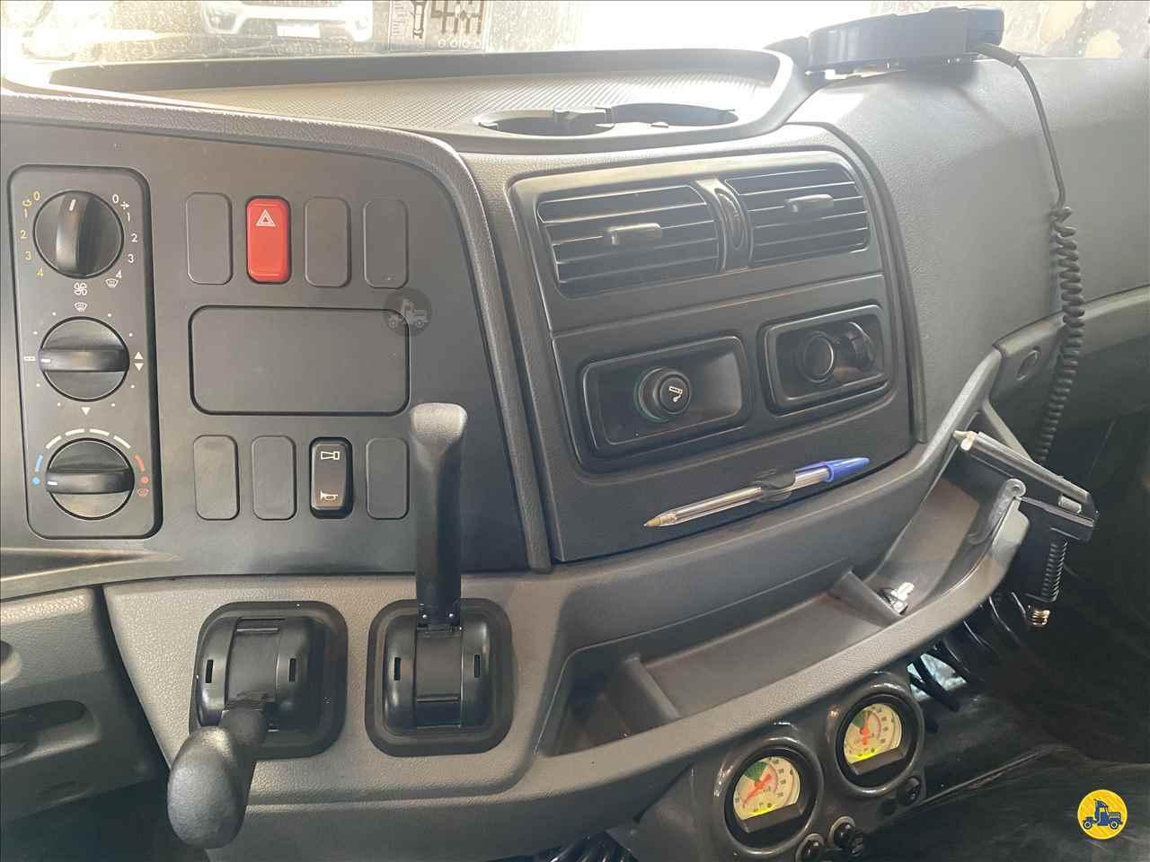 MERCEDES-BENZ MB 1933 29000km 2010/2011 Rodricardo Caminhões