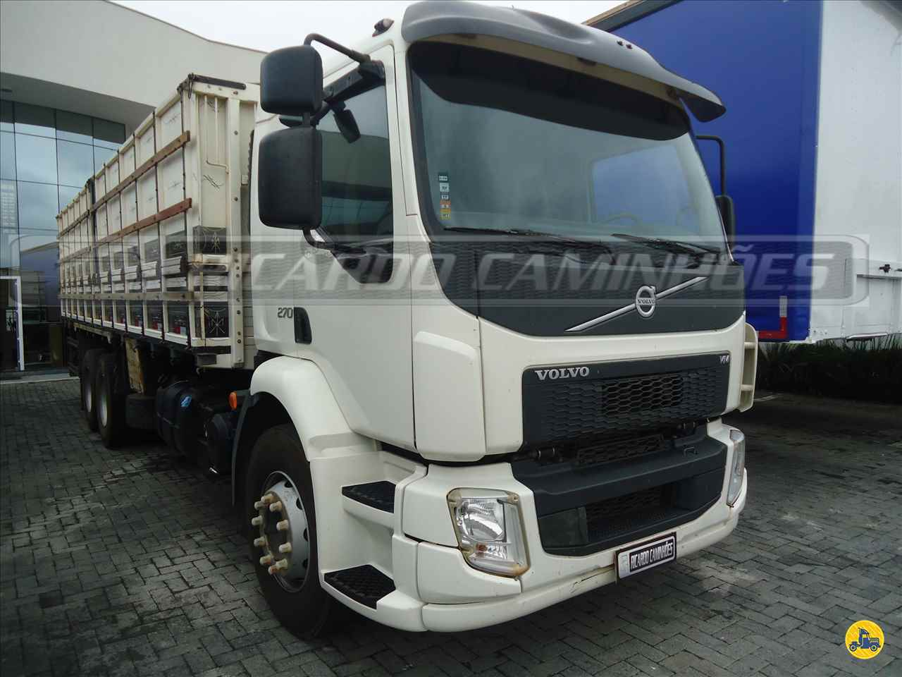 CAMINHAO VOLVO VOLVO VM 270 Graneleiro Truck 6x2 Ricardo Caminhões Curitiba CURITIBA PARANÁ PR