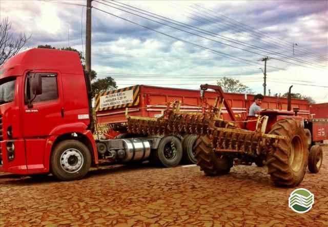 DESCOMPACTADOR AREADOR DE SOLO  2000/2000 Gobo Implementos Agrícolas
