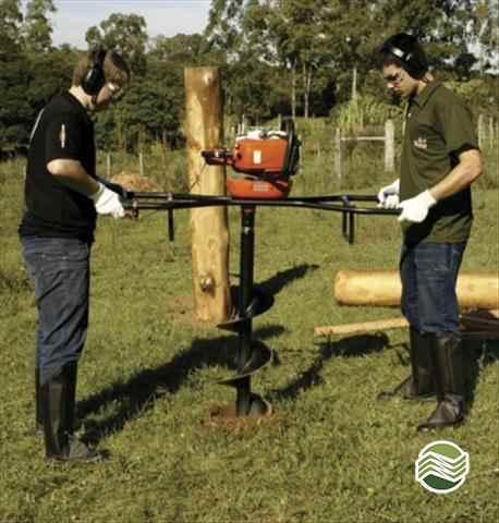 PERFURADOR SOLO PERFURADOR DE SOLO  2015/2015 Gobo Implementos Agrícolas
