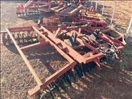 GRADE NIVELADORA NIVELADORA 56 DISCOS  2000 Gobo Implementos Agrícolas