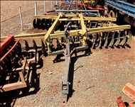 GRADE ARADORA ARADORA 36 DISCOS  2000 Gobo Implementos Agrícolas