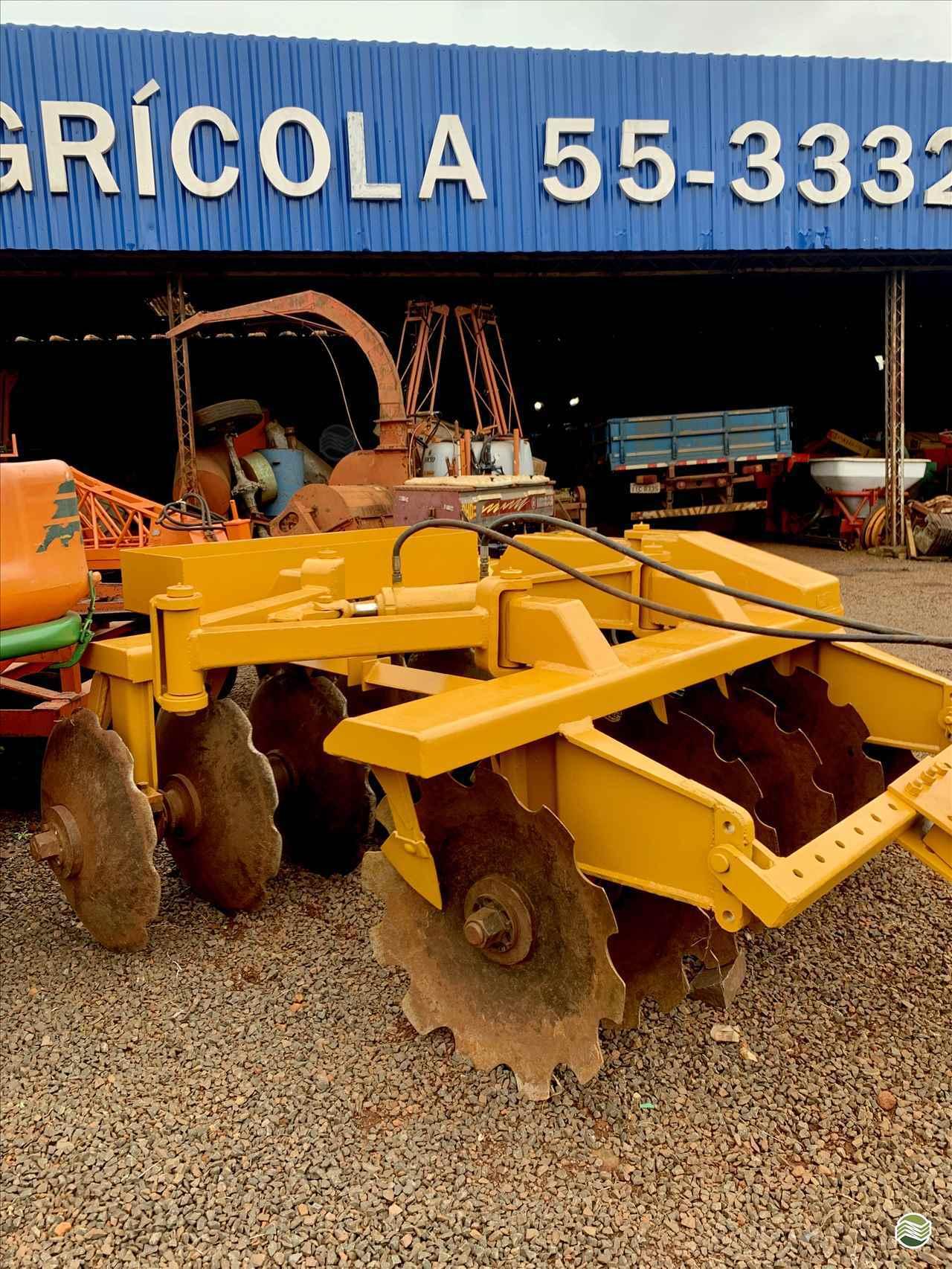 GRADE ARADORA ARADORA 12 DISCOS  2000 Gobo Implementos Agrícolas