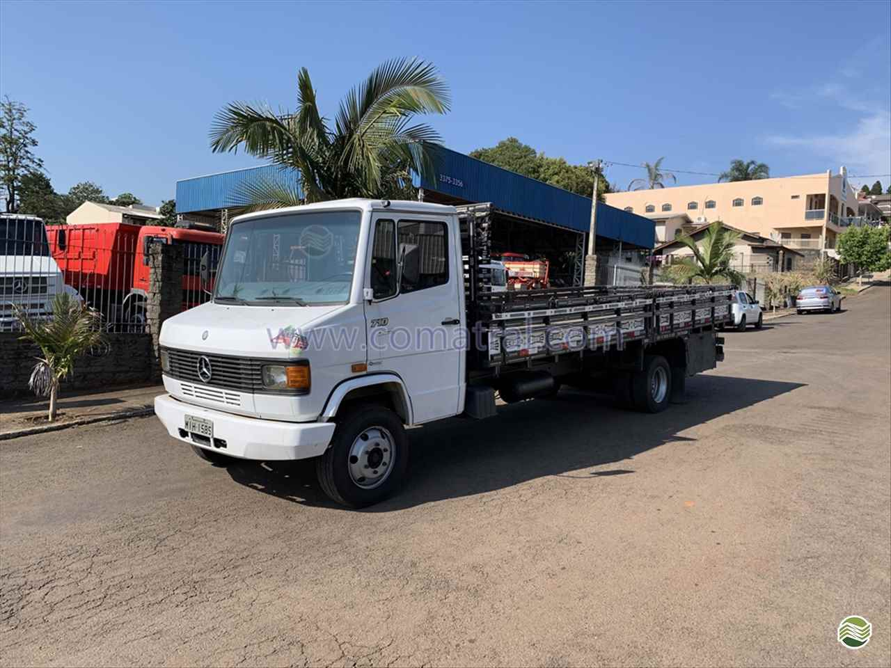 CAMINHAO MERCEDES-BENZ MB 710 Carga Seca Toco 4x2 Comatral Caminhões e Máquinas Agrícolas PANAMBI RIO GRANDE DO SUL RS