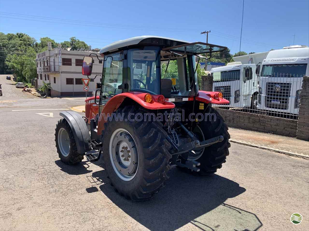 MASSEY FERGUSON MF 4275  2015/2015 Comatral Caminhões e Máquinas Agrícolas