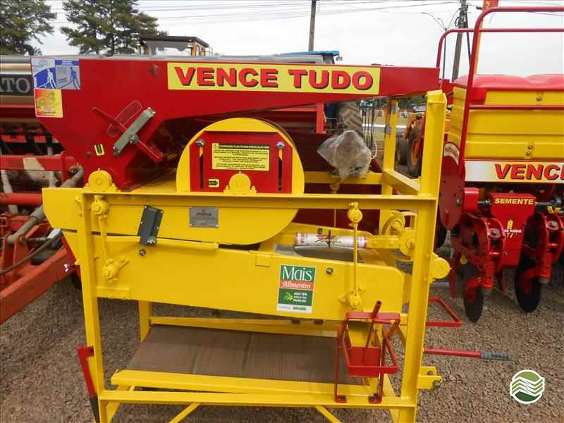 BENEFICIADORA DE GRÃOS CLASSIFICADOR DE SEMENTES  2019 Simapar Máquinas Agrícolas