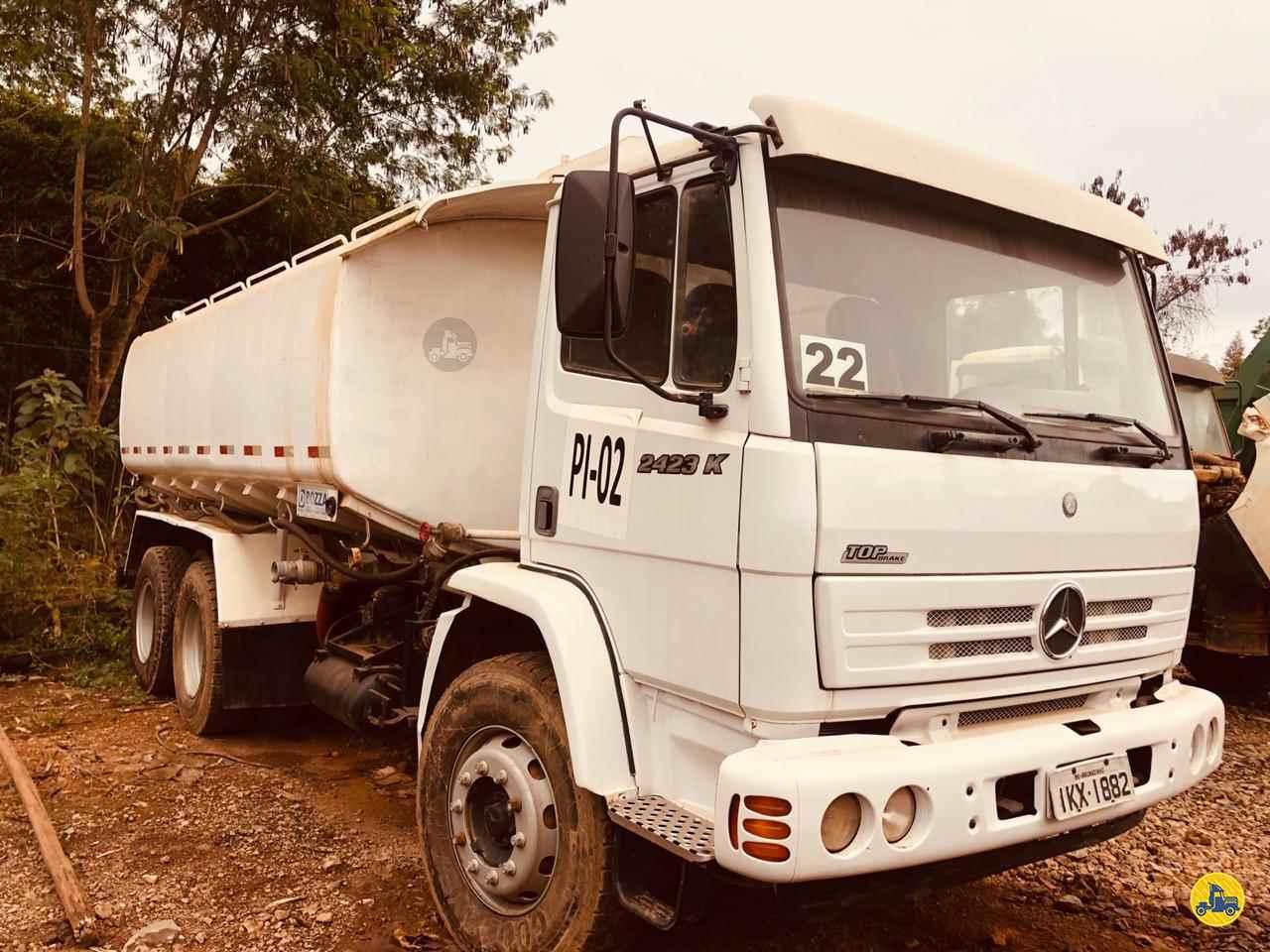 MERCEDES-BENZ MB 2423 122km 2002/2002 Caminhões Certos