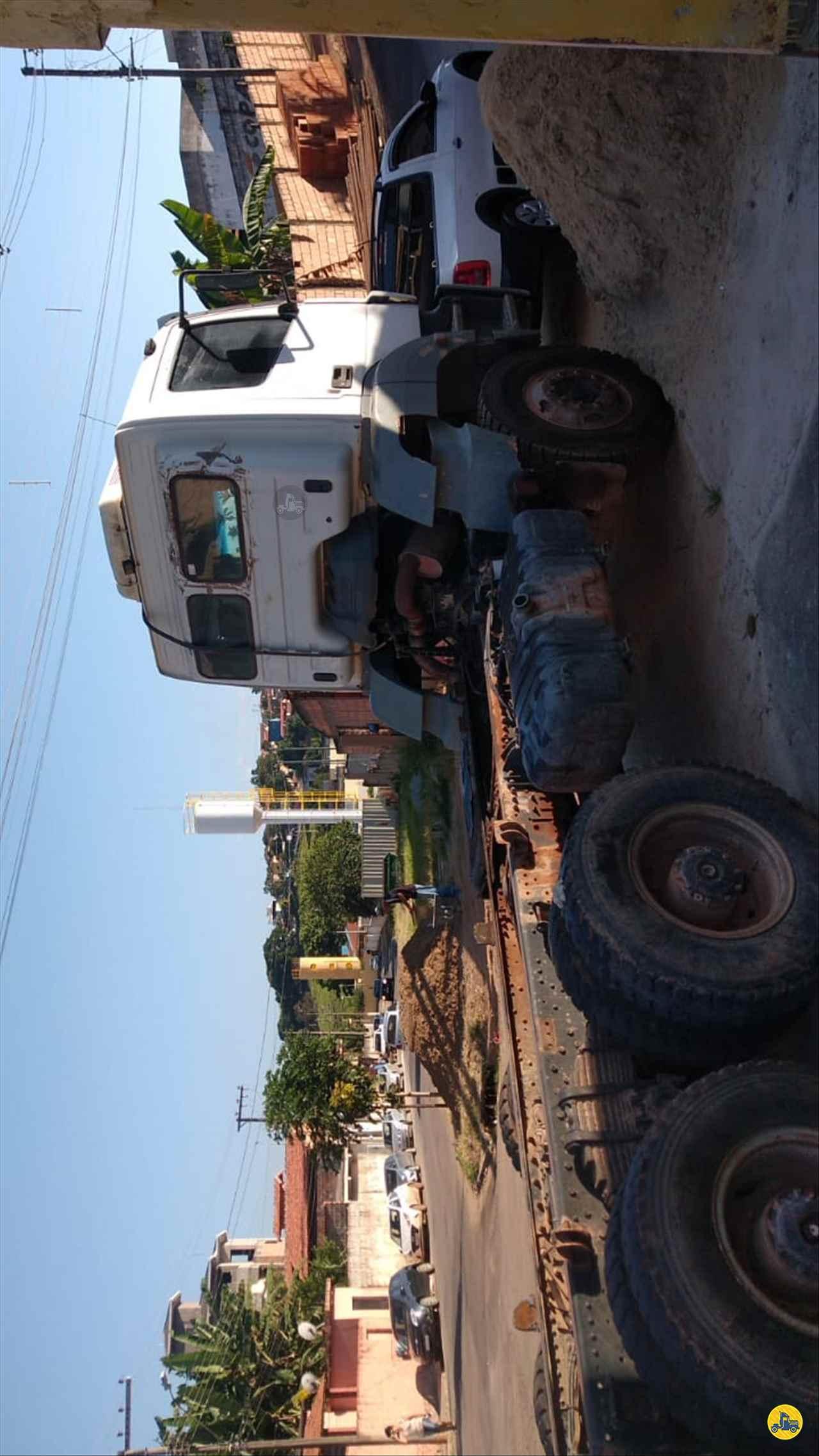 MERCEDES-BENZ MB 4144 123km 2010/2010 Caminhões Certos