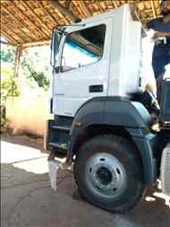 MERCEDES-BENZ MB 4144 122km 2008/2008 Caminhões Certos