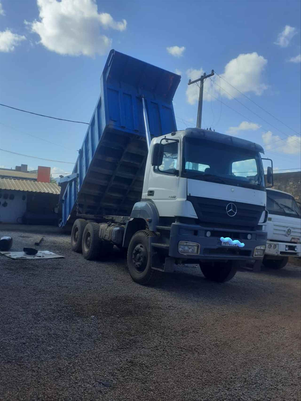 CAMINHAO MERCEDES-BENZ MB 4140 Caçamba Basculante Traçado 6x4 Caminhões Certos CONTAGEM MINAS GERAIS MG