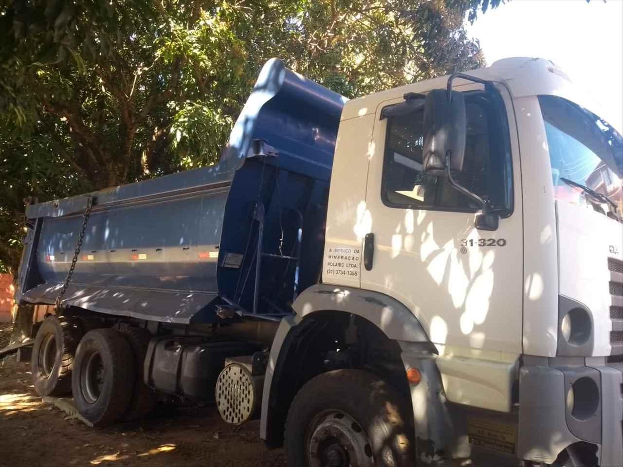 CAMINHAO VOLKSWAGEN VW 31320 Caçamba Basculante Traçado 6x4 Caminhões Certos CONTAGEM MINAS GERAIS MG