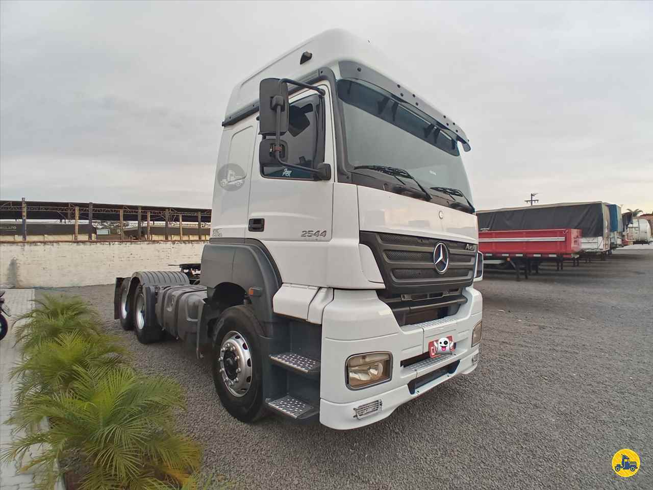 CAMINHAO MERCEDES-BENZ MB 2544 Cavalo Mecânico Truck 6x2 Ebenezer Caminhões e Carretas CAPAO BONITO SÃO PAULO SP