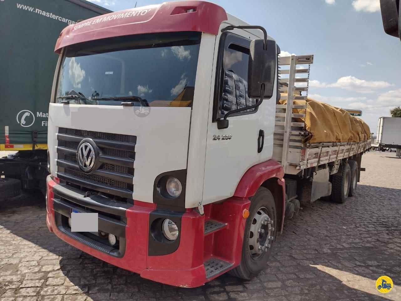 VW 24250 de Ebenezer Caminhões e Carretas - CAPAO BONITO/SP