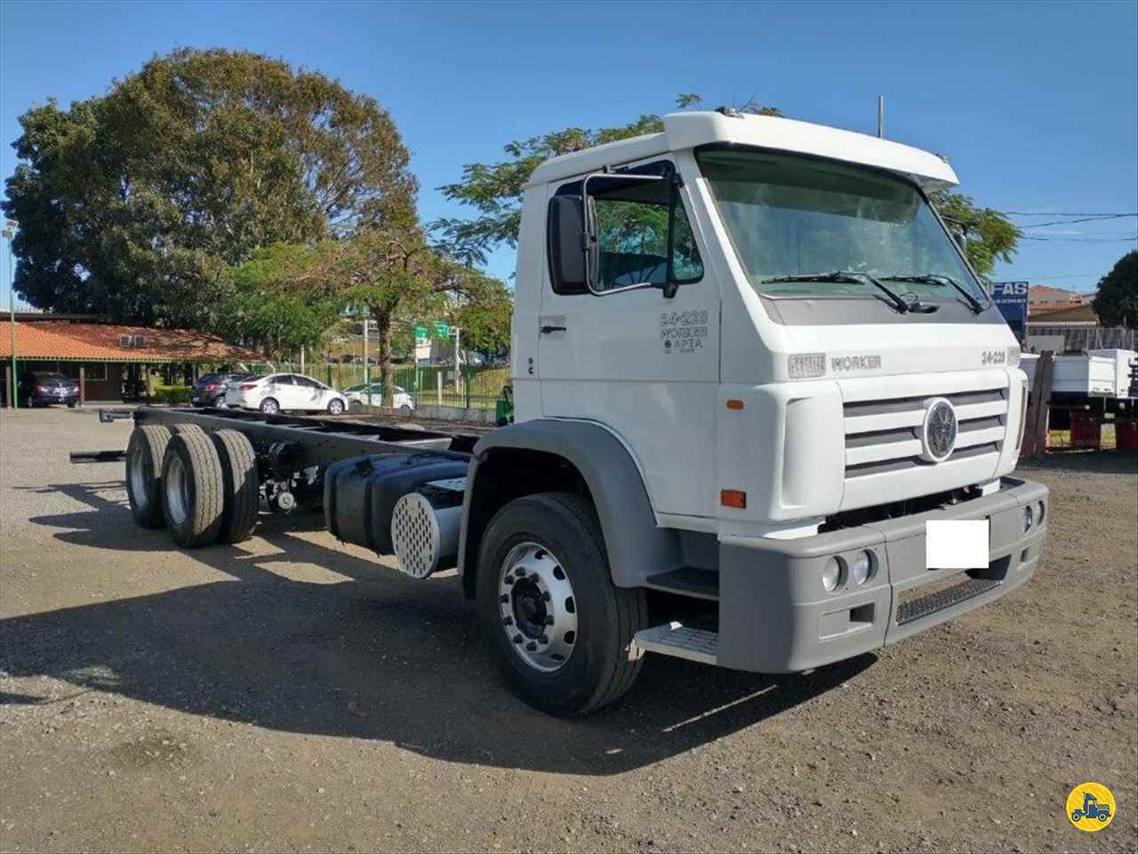 VW 24220 de Ebenezer Caminhões e Carretas - CAPAO BONITO/SP