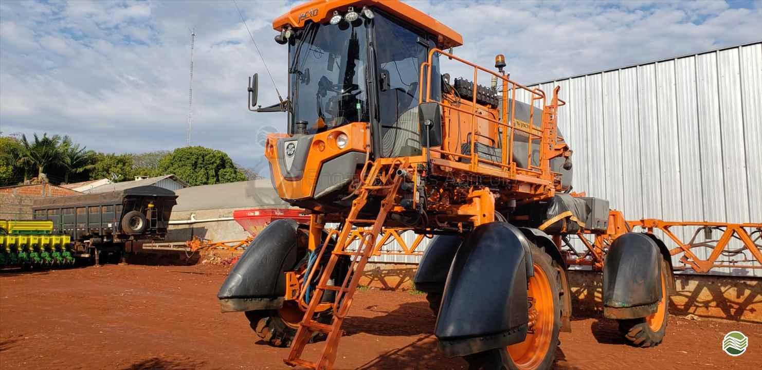 PULVERIZADOR JACTO UNIPORT 2530 Tração 4x4 Engmáquinas Agrícolas CASCAVEL PARANÁ PR