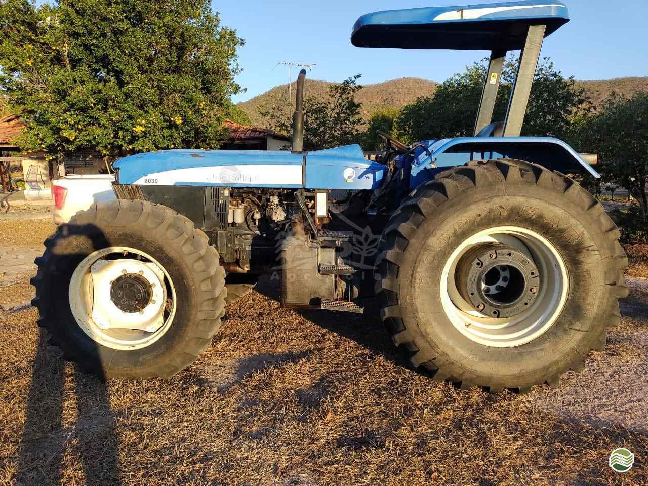 TRATOR NEW HOLLAND NEW 8030 Tração 4x4 JS Agrícola CAMPO VERDE MATO GROSSO MT
