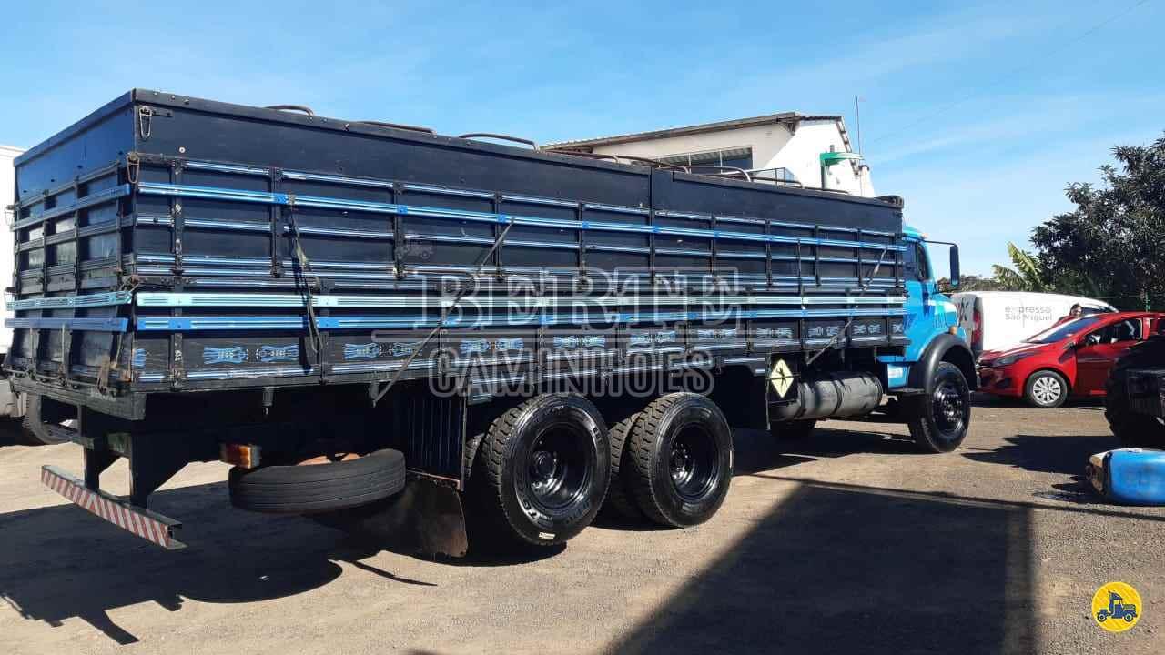 CAMINHAO MERCEDES-BENZ MB 1113 Graneleiro Truck 6x2 Berte Caminhões SANTA ROSA RIO GRANDE DO SUL RS