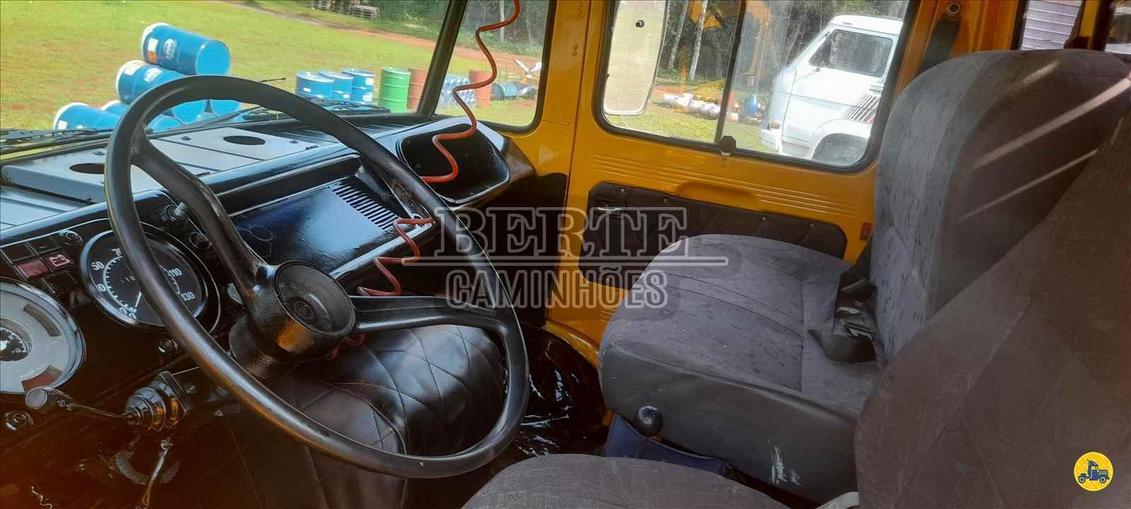 CAMINHAO MERCEDES-BENZ MB 608 Graneleiro 3/4 4x2 Berte Caminhões SANTA ROSA RIO GRANDE DO SUL RS