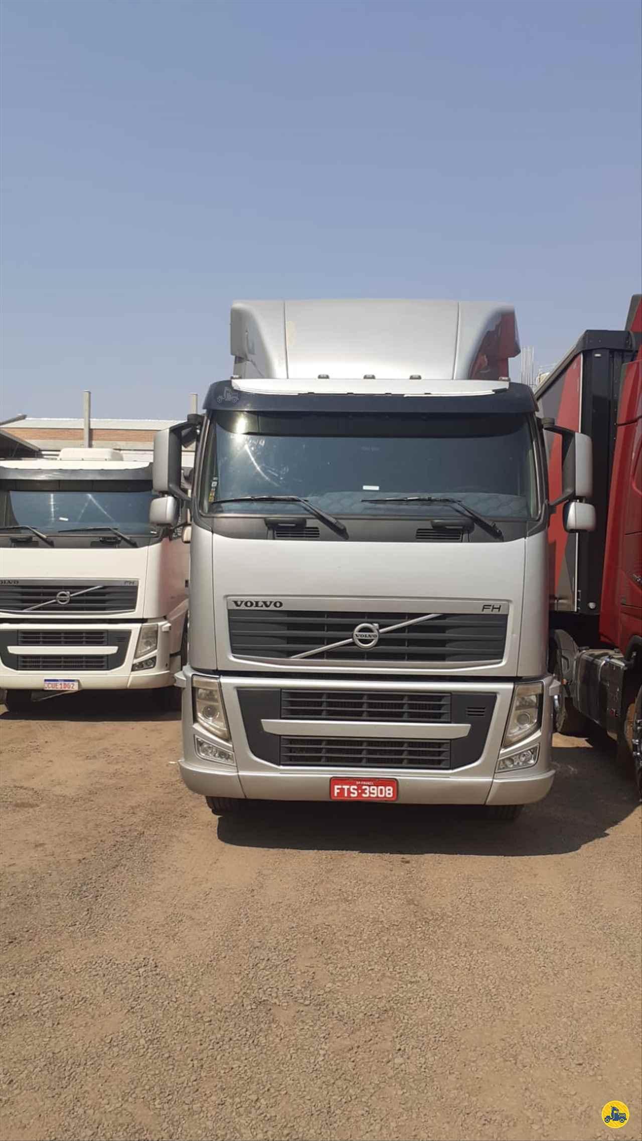 CAMINHAO VOLVO VOLVO FH 540 Baú Furgão Traçado 6x4 Valerini Transportes FRANCA SÃO PAULO SP