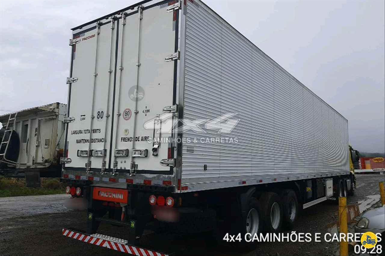 CARRETA SEMI-REBOQUE FRIGORIFICO 4X4 Caminhões e Carretas CONCORDIA SANTA CATARINA SC