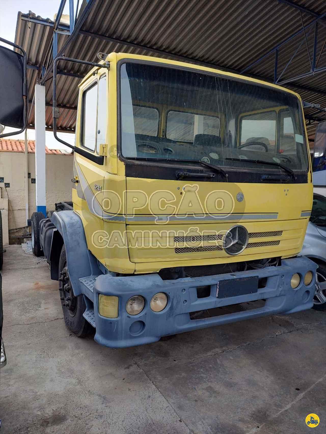 CAMINHAO MERCEDES-BENZ MB 1214 Chassis Toco 4x2 Opção Caminhões CAMPINAS SÃO PAULO SP