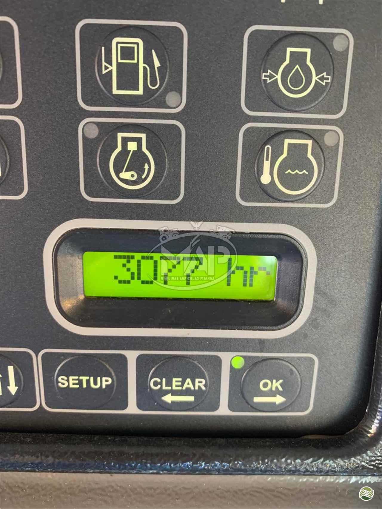 VALTRA VALTRA BC 6500  2012/2012 Máquinas Agrícolas Pitanga
