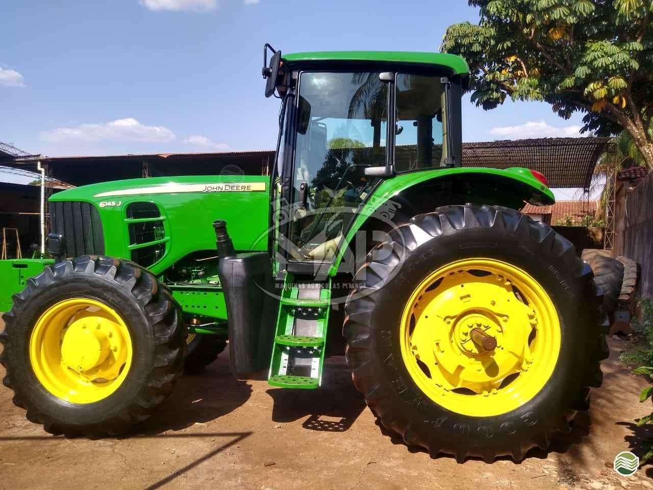 JOHN DEERE JOHN DEERE 6145  2016/2016 Máquinas Agrícolas Pitanga