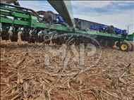 JOHN DEERE PLANTADEIRAS DB48   2012/2012 Máquinas Agrícolas Pitanga