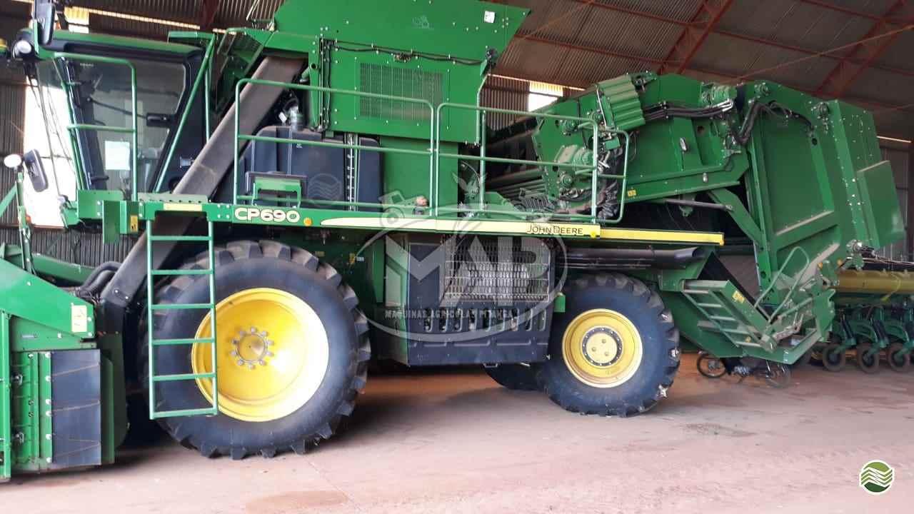 COLHEITADEIRA JOHN DEERE JOHN DEERE ALG. CP690 Máquinas Agrícolas Pitanga PITANGA PARANÁ PR