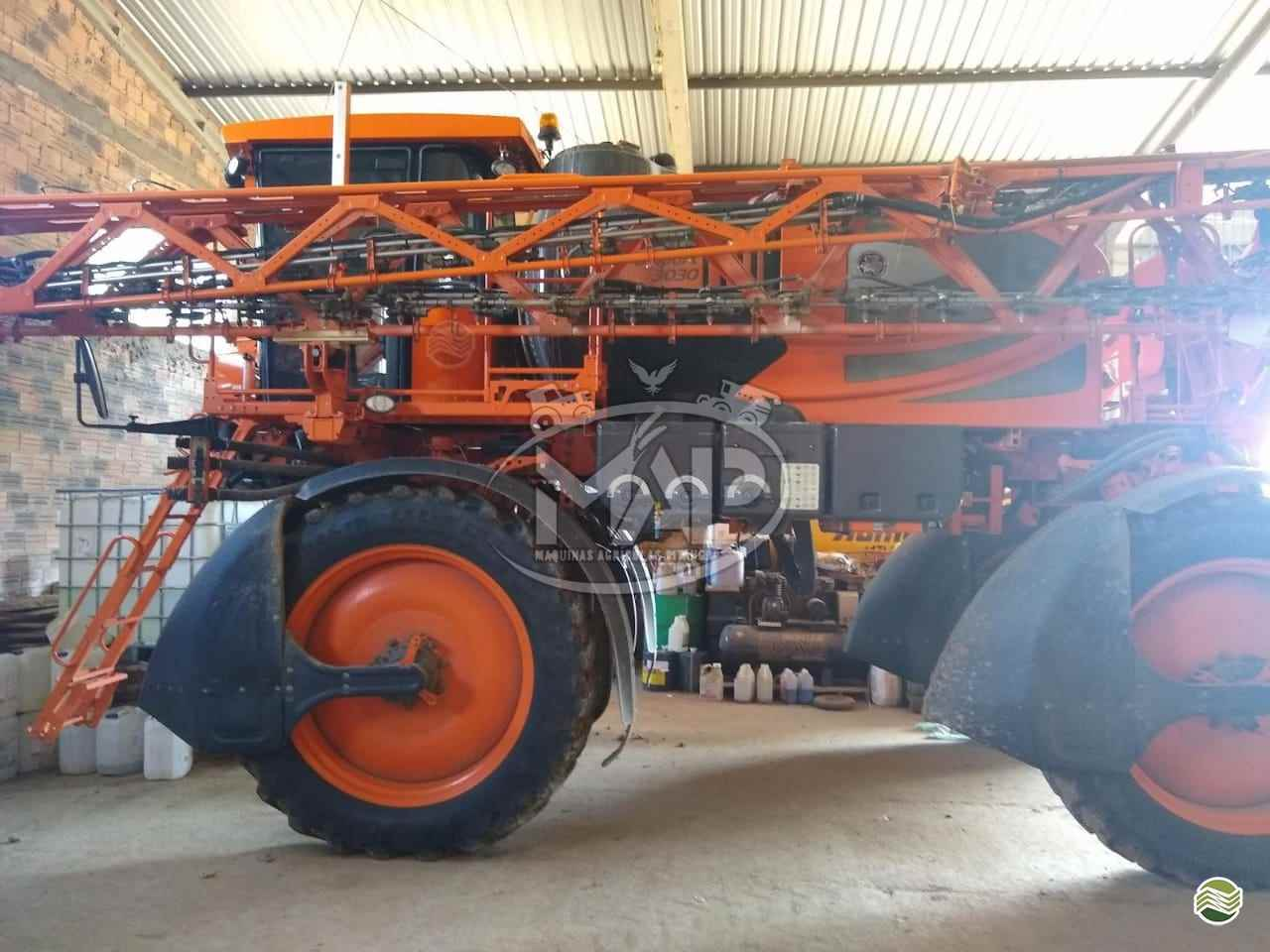 PULVERIZADOR JACTO UNIPORT 3030 Tração 4x4 Máquinas Agrícolas Pitanga PITANGA PARANÁ PR