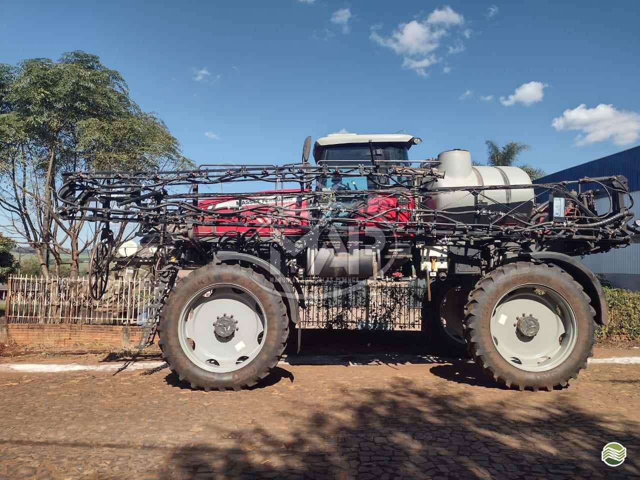PULVERIZADOR MASSEY FERGUSON MF 9030 Tração 4x4 Máquinas Agrícolas Pitanga PITANGA PARANÁ PR