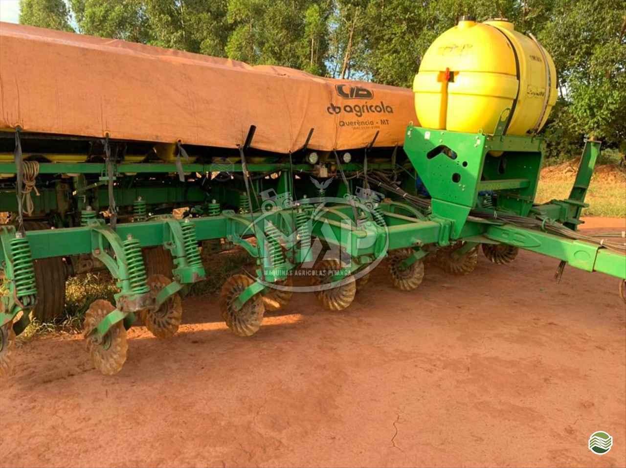 PLANTADEIRA JOHN DEERE PLANTADEIRAS 2126 Máquinas Agrícolas Pitanga PITANGA PARANÁ PR