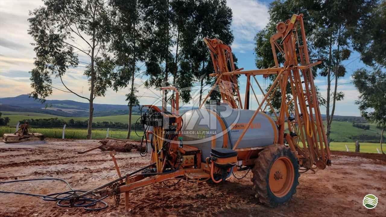 PULVERIZADOR JACTO COLUMBIA AD18 Arrasto Máquinas Agrícolas Pitanga PITANGA PARANÁ PR
