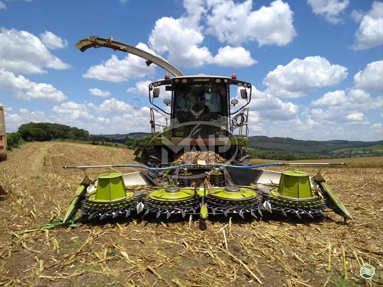 FORRAGEM E FENO CLAAS FORRAGEIRA JAGUAR 860 Máquinas Agrícolas Pitanga PITANGA PARANÁ PR